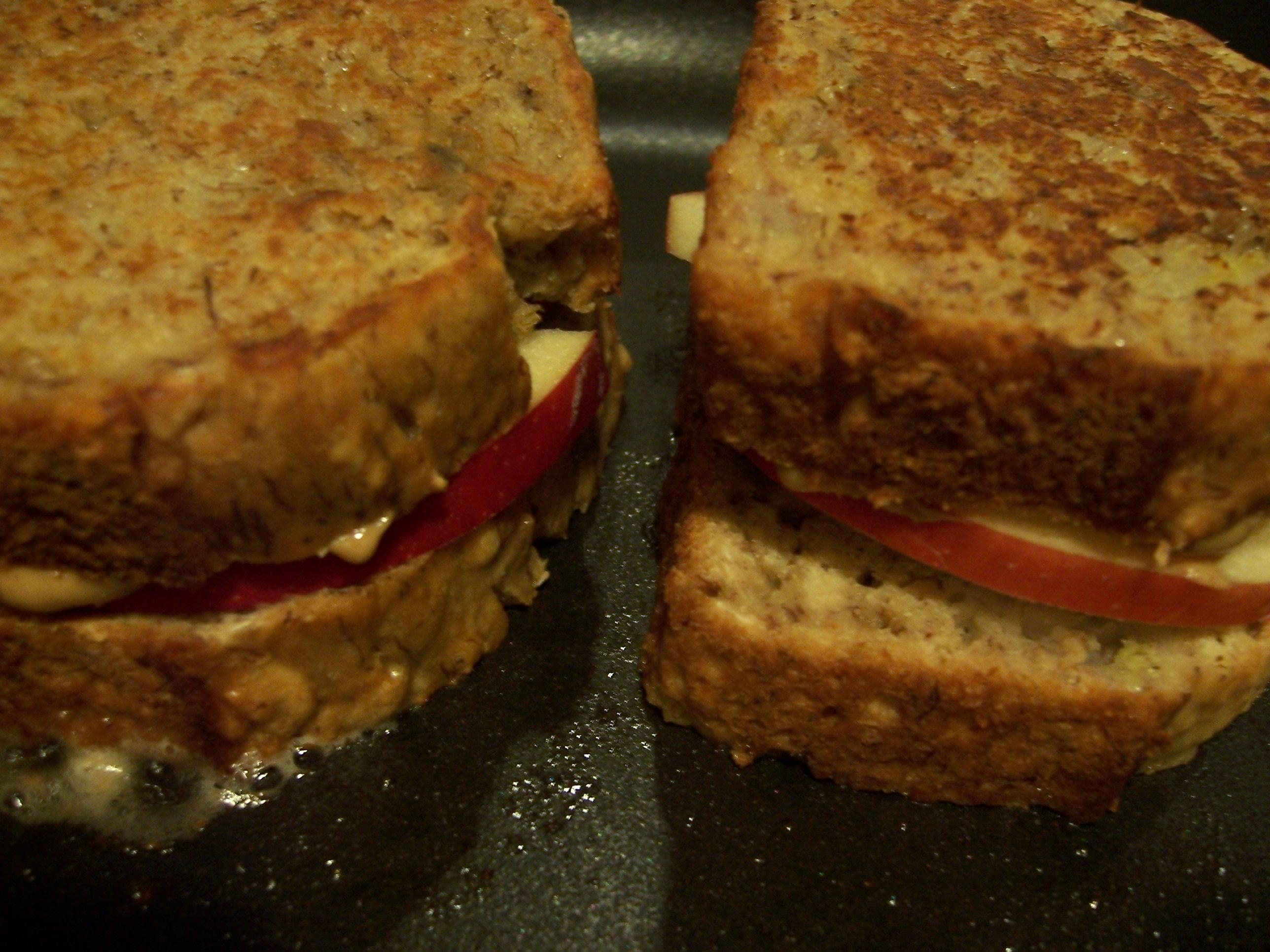 PB Apple Sandwiches 011
